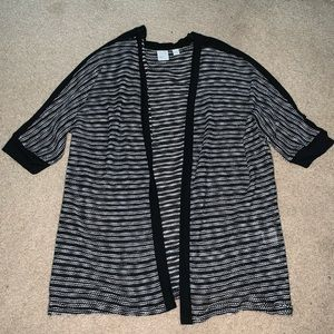 New York and company black and white cardigan